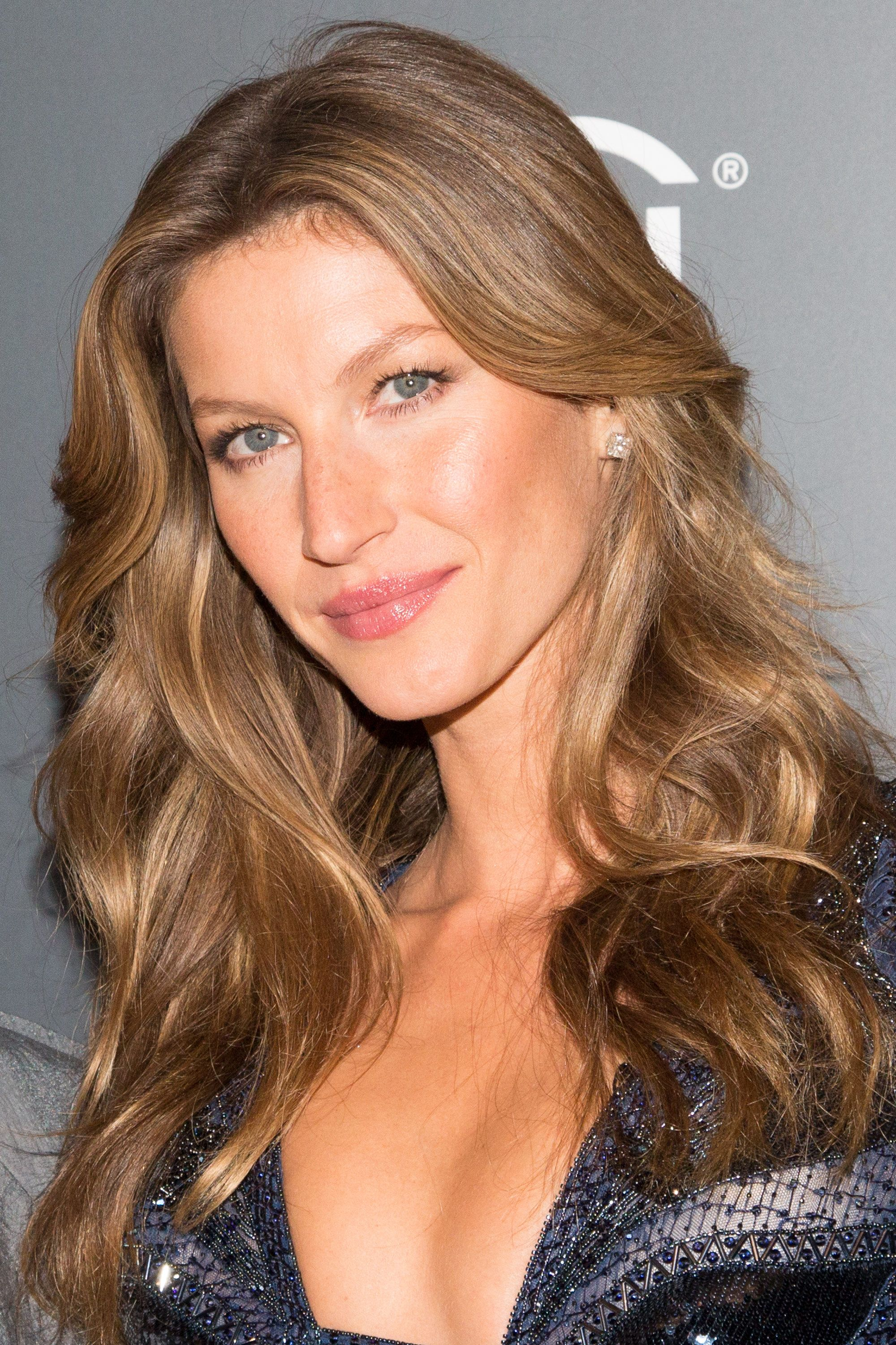 Gisele's Curls Now Have a Parody Twitter Account -- The Cut Gisele Bundchen