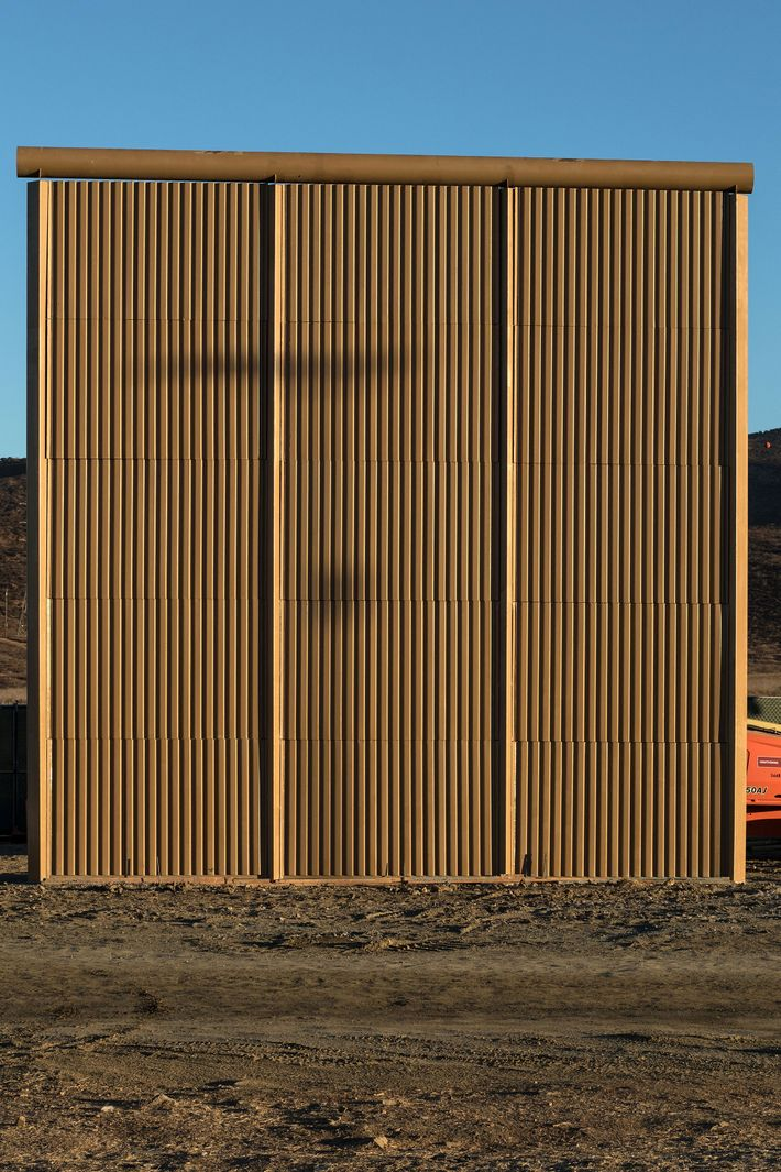 border walls Building the border wall is an international design competition to re-conceptualize the border between the united states and mexico with humane solutions for the public good.