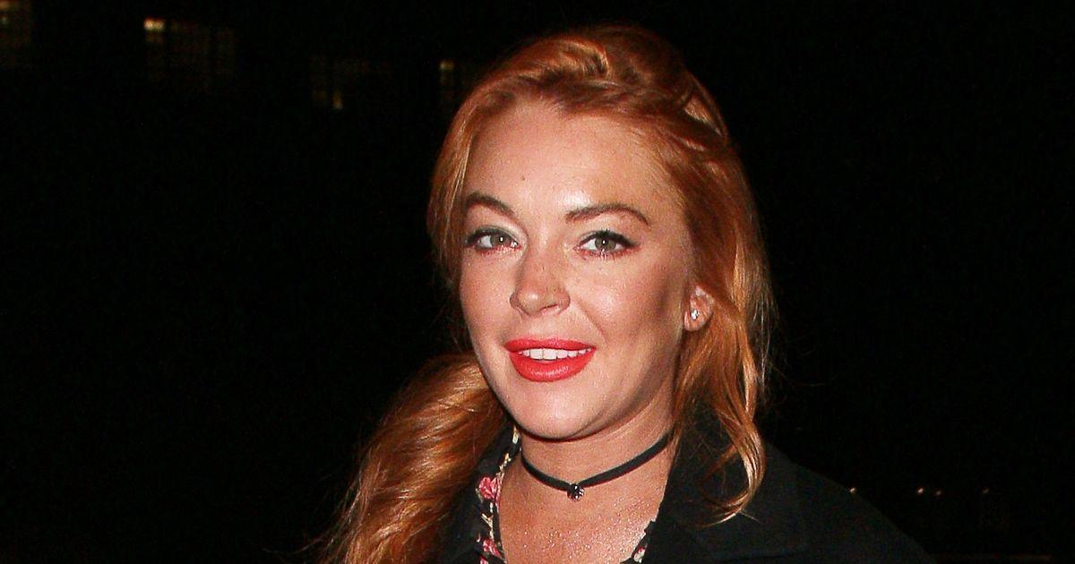 Lindsay Lohan Adopts I... Lindsay Lohan Accent