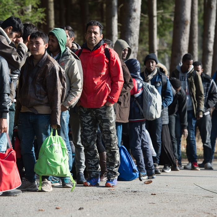 Refugees arrive at German/Austrian border