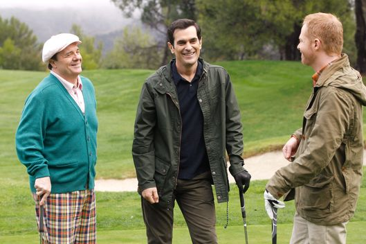 "MODERN FAMILY - ""A Slight at the Opera"" - Cameron is putting on the school production of ""Phantom of the Opera,"" but when their star falls ill, Manny pulls all the stops to land the lead -- even if that means going against Luke. Meanwhile, Jay teaches Phil to golf and they wind up in a golf-off with Pepper and Mitch; Gloria takes Alex along on errands which include a visit to a psychic; and Claire's adventures in babysitting Joe and Lily become a comedy of errors, on ""Modern Family,"" WEDNESDAY, FEBRUARY 6 (9:00-9:31 p.m., ET), on the ABC Television Network."