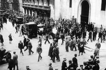 """After the """"Black Thursday"""" at the stock-market of New York the mounted police put the excited assemblage in motion. New York. USA."""