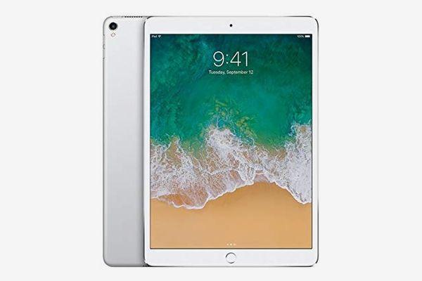 """Apple iPad Pro (2017) 10.5"""" 64GB Wi-Fi Tablet, Silver (Refurbished)"""