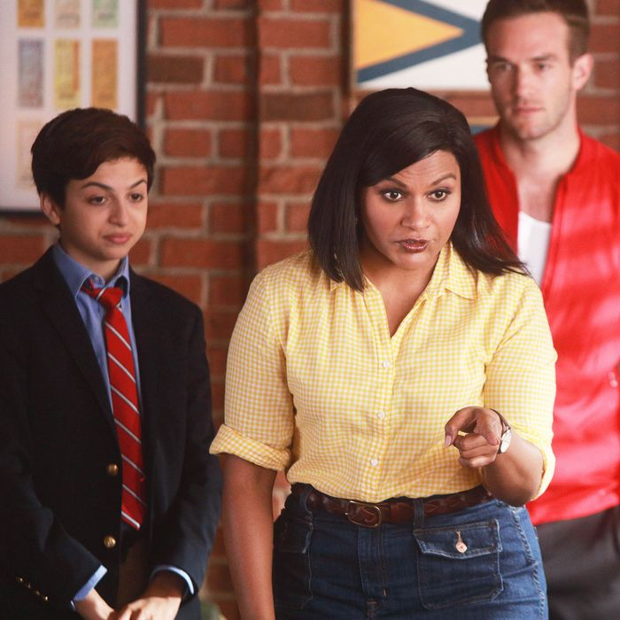 5a2dee323 Mindy Kaling Shows Have 7 Essential Elements