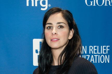 LOS ANGELES, CA - JANUARY 11:  Sarah Silverman arrives at the 3nd Annual Sean Penn & Friends HELP HAITI HOME Gala Benefiting J/P HRO Presented By Giorgio Armani at Montage Hotel on January 11, 2014 in Los Angeles, California.  (Photo by Valerie Macon/Getty Images)