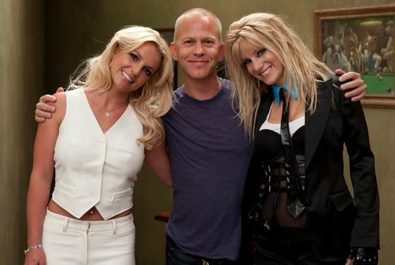 "GLEE: Britney Spears (L), Co-Creator/Executive Producer Ryan Murphy (C) and Heather Morris (R) on the set of GLEE for the ""Britney Britney"" episode of GLEE airing Tuesday, Sept. 28 (8:00-9:00 PM ET/PT) on FOX. ©2010 Fox Broadcasting Co. Cr: Adam Rose/FOX"