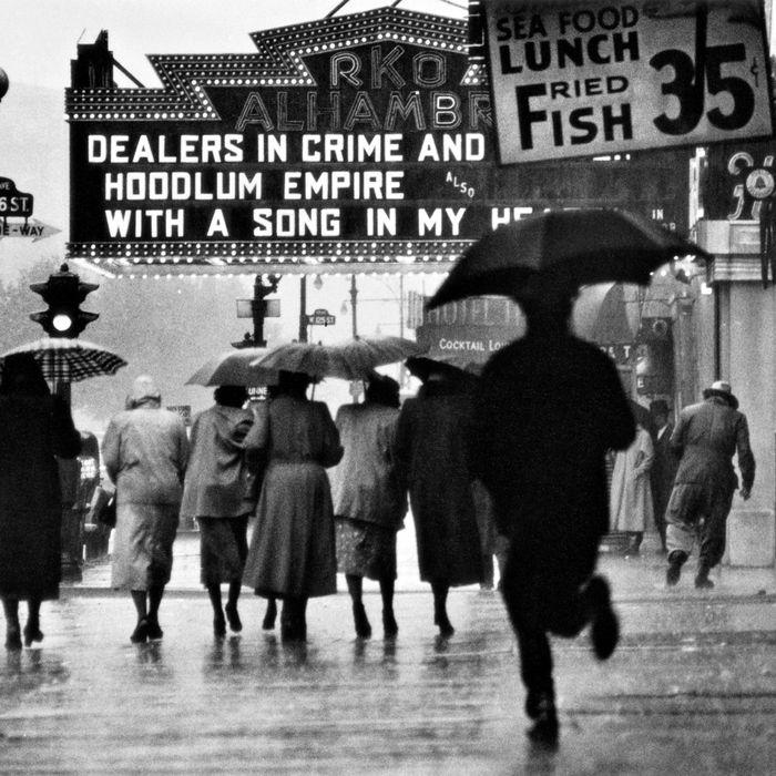 <i>Harlem Neighborhood,</i> Harlem, New York, 1952.