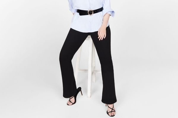Violeta Ribbed flared trousers