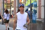 Anthony Weiner's Next Job: Restaurant Owner