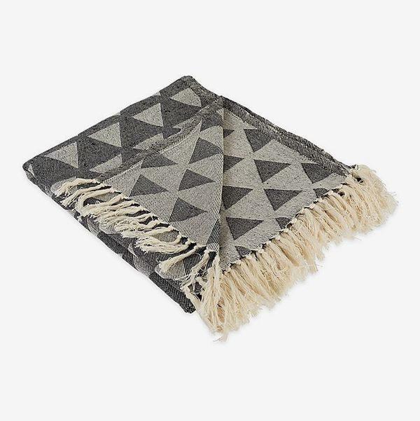 Triangle Throw Blanket in Black