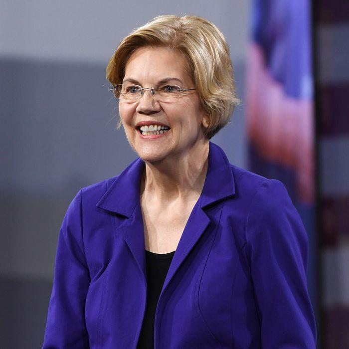 Recent Devos Hires Bode Ill For Student >> Elizabeth Warren Has Another Novel Idea