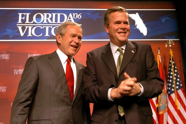 Feb. 17, 2006 - U.S. - President George Bush (left) and brother Gov. Jeb Bush acknowledge cheering supporters at a fundraiser for the Republican Party of Florida at the Contemporary Resort at Disney World in Orlando, Florida, Friday, February 17, 2006. (Joe Burbank/Orlando Sentinel/KRT) (Credit Image: ? Joe Burbank/TNS/ZUMAPRESS.com)