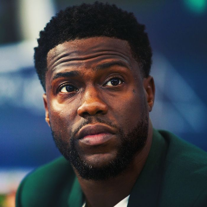 07 kevin hart.w700.h700 - Kevin Hart