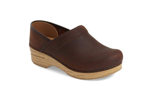 'Professional' Oiled Leather Clog