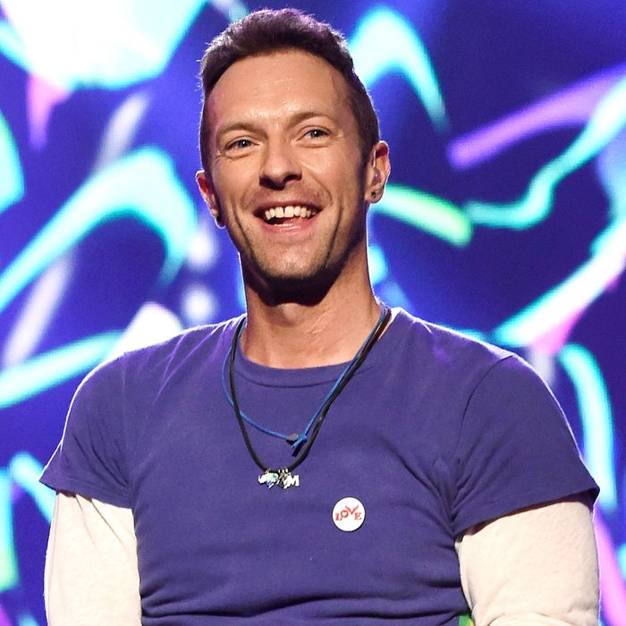 Some Guy Told Chris Martin Not to Eat for a Full Day Every ...