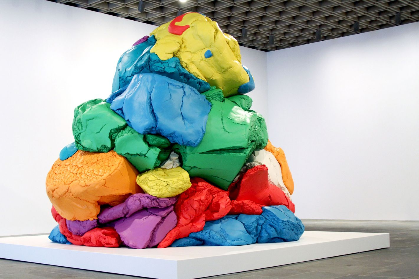 Taking In Jeff Koons Creator And Destroyer Of Worlds