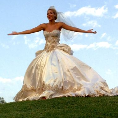 Beyonces Fake Wedding Dress Could Be Yours Vulture