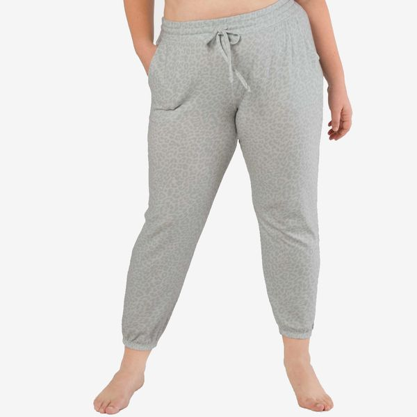 Beyond Yoga Leopard Printed Living Easy Sweatpant