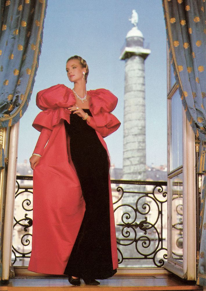 A model wears Chaumet jewels at 12 Place Vendôme, Paris, in the 1980s.
