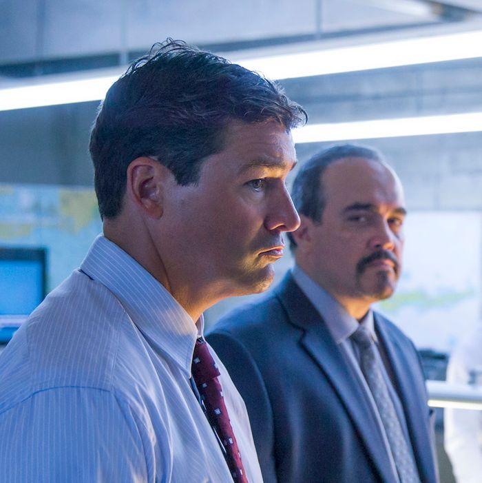 Kyle Chandler as John, David Zayas as Sheriff Aguirre, Enrique Murciano as Marco.