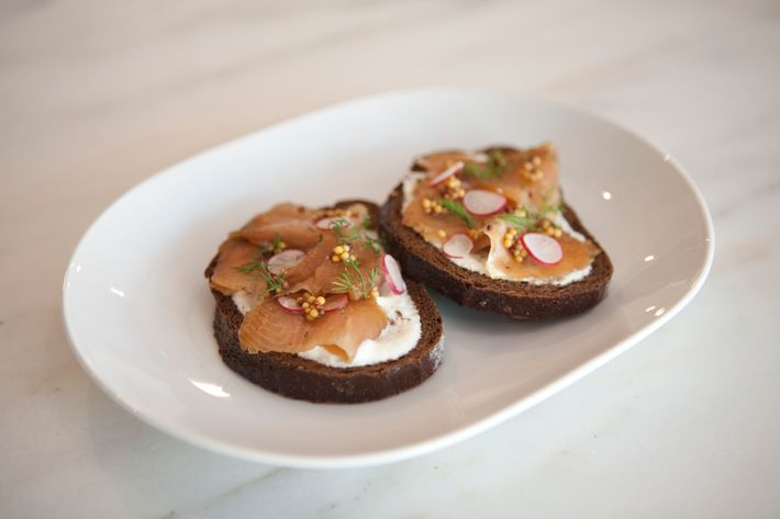 http://pixel.nymag.com/imgs/daily/grub/2011/06/01/01_smithcanteen.jpg