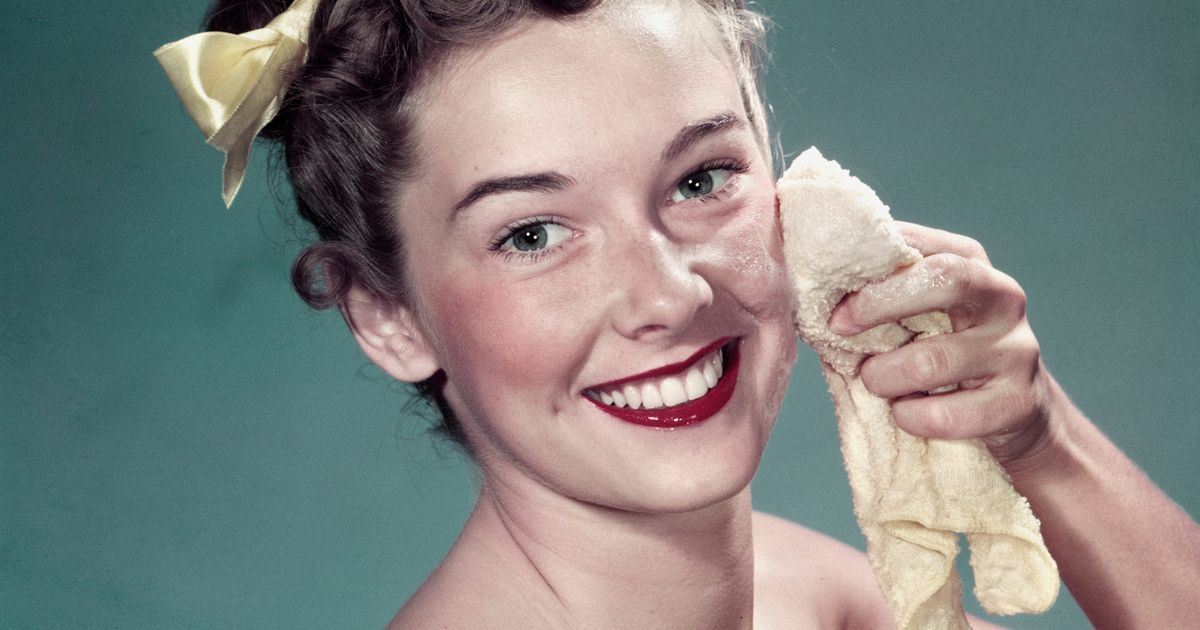 The Best Face Washes, According to Sephora Reviews
