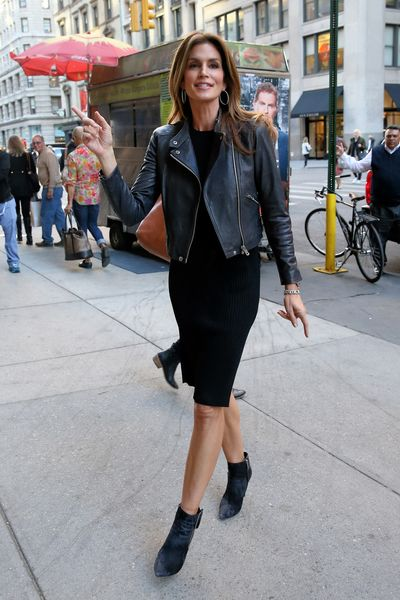 Olivia Wilde and Katie Holmes Lunch at Locanda Verde; Cindy Crawford Drinks at Irvington