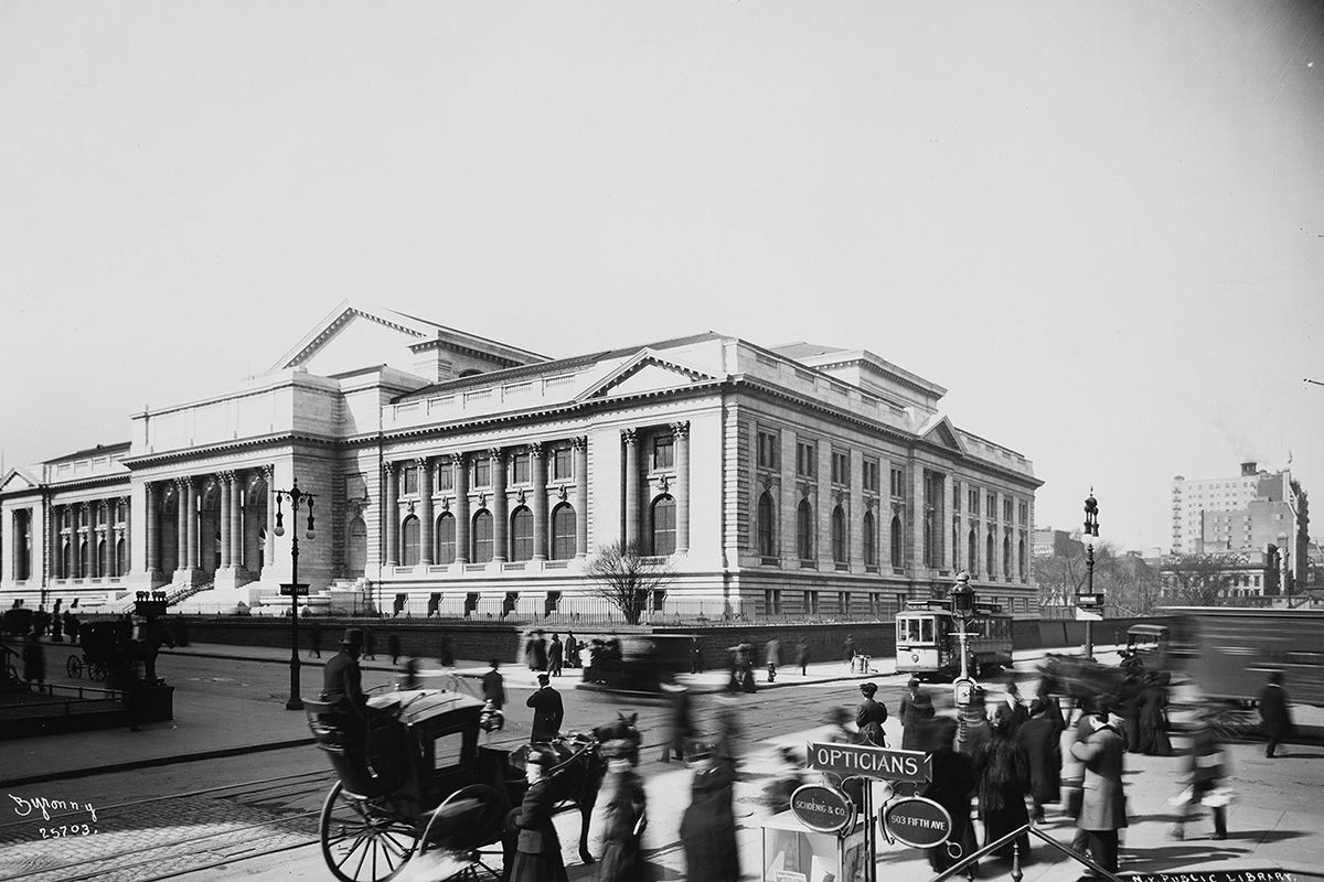 "<span class=""clay-designed kiln-phrase"">1908</span>The New York Public Library, a decade after construction began."