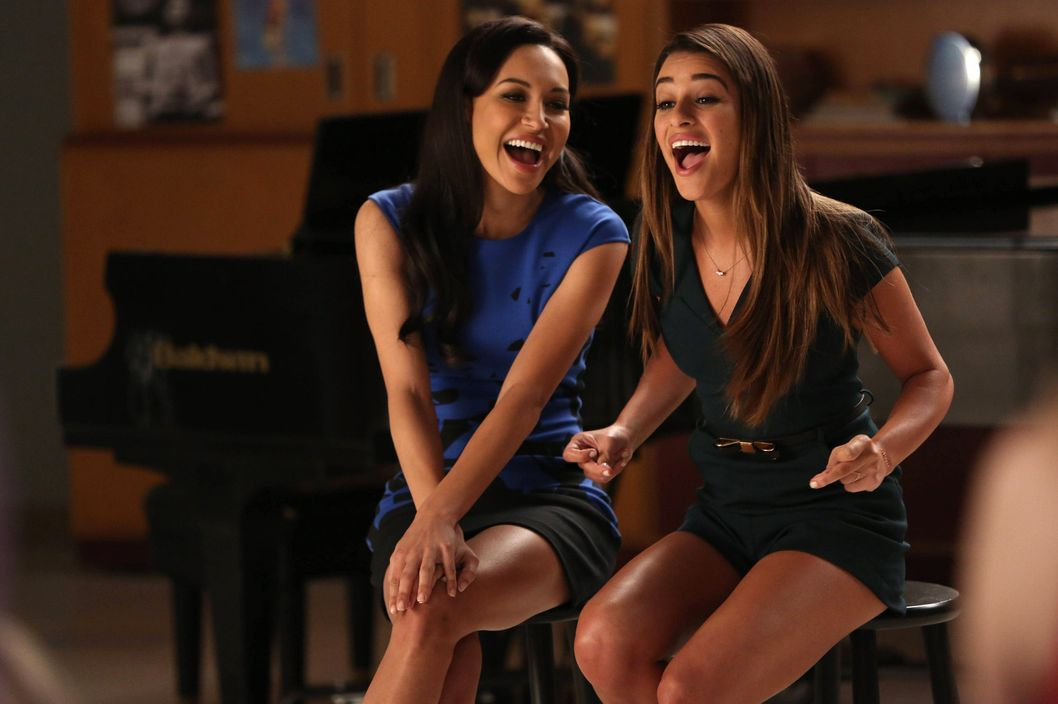 "GLEE: Santana (Naya Rivera, L) and Rachel (Lea Michele, R) perform in the ""New Directions"" episode of GLEE airing Tuesday, March 25 (9:00-10:00 PM ET/PT) on FOX. ?2014 Broadcasting Co. CR: Tyler Golden/FOX"