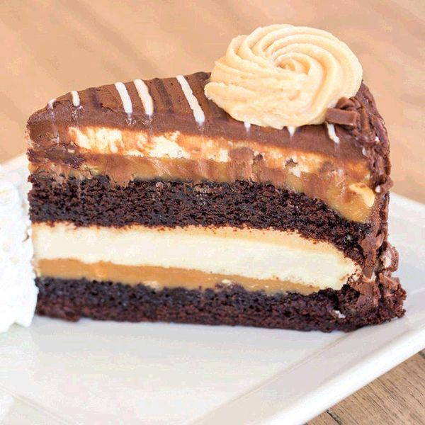 Cheesecake Factory Will Finally Open a Calorific, Behemoth Restaurant in NYC