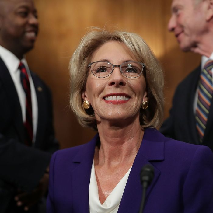 Despite What Devos Wants You To Believe >> Does Betsy Devos Really Believe In Public Schools