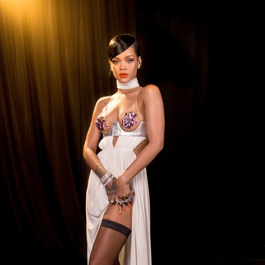 Rihanna Returns to Instagram -- Vulture