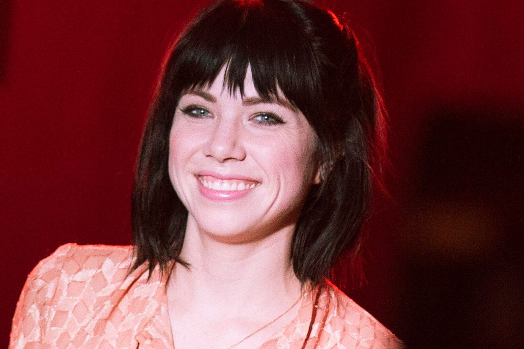 Carly Rae Jepsen Definitely Got The Call To Play Frenchy In Grease Live