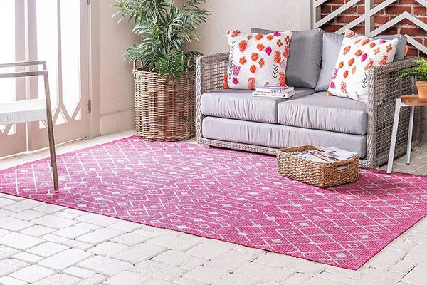 Unique Loom Outdoor Trellis Collection Tribal Geometric Transitional Indoor and Outdoor Flatweave Magenta Area Rug (5' 0 x 8' 0)
