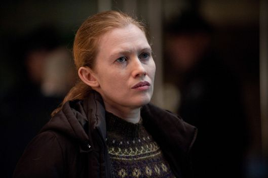 Sarah Linden (Mireille Enos) - The Killing - Season 2, Episode 12.