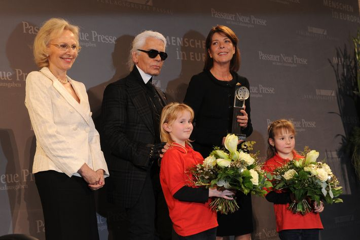 Angelika Diekmann, Karl Lagerfeld, Princess Caroline of Hanover, and rightfully terrified young'uns.