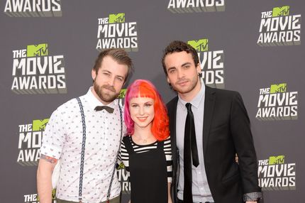 CULVER CITY, CA - APRIL 14:  (L-R) Musicians Jeremy Davis, Hayley Williams and Taylor York of Paramore arrive at the 2013 MTV Movie Awards at Sony Pictures Studios on April 14, 2013 in Culver City, California.  (Photo by Jason Merritt/Getty Images)