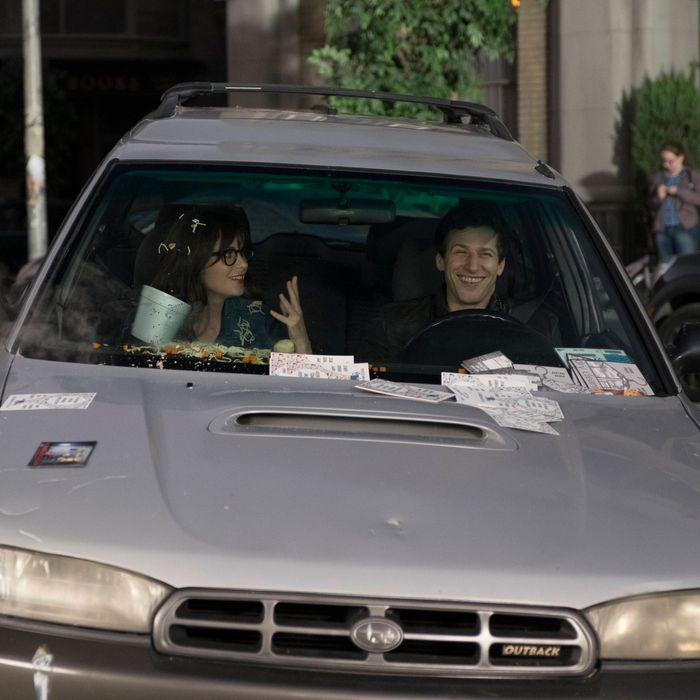 BROOKLYN NINE-NINE: L-R: Guest star Zooey Deschanell of NEW GIRL and Andy Samberg in the special ÒThe Night ShiftÓ crossover episode of BROOKLYN NINE-NINE airing Tuesday, Oct. 11 (8:00-8:31 PM ET/PT) on FOX. ©2016 Fox Broadcasting Co. Cr: John P Fleenor/FOX.