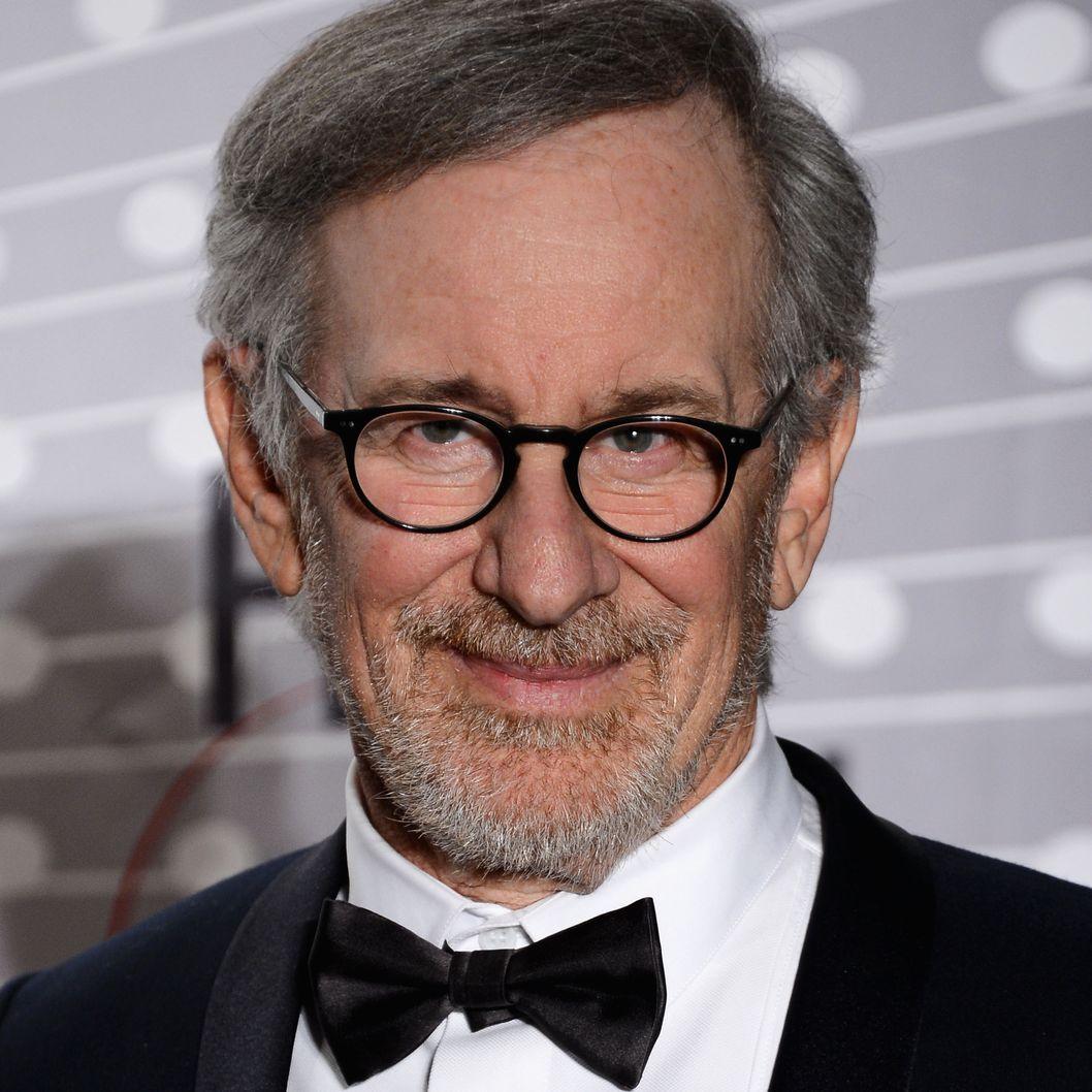 Steven Spielberg Schindler S List Essay