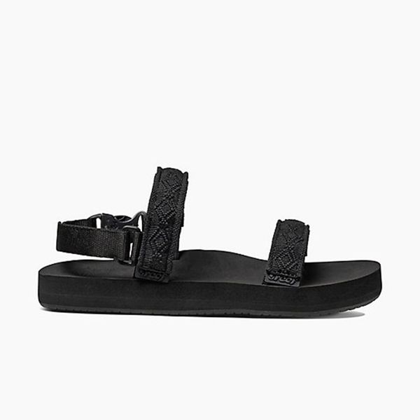 Reef Sandals Is Bringing Back Its Most