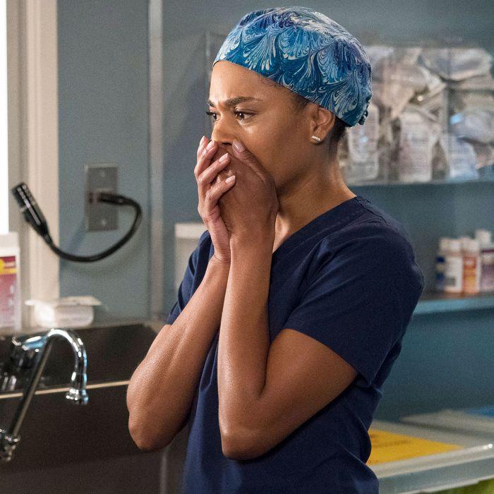 GreyS Anatomy Season 15 Episode 1
