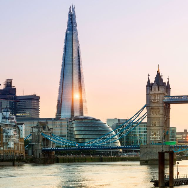 Now and Then: Two Ways to Experience the Architecture of London