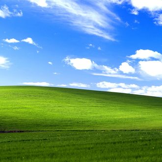 This Windows XP Track That Only Plays Once Is a Total Banger