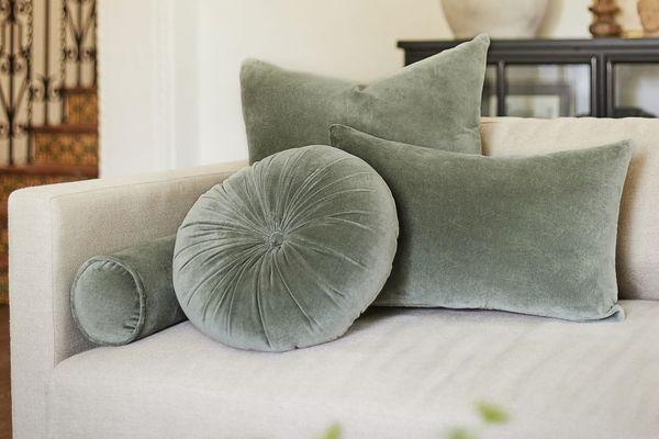 Charlotte Velvet Lumbar Pillow, Moss