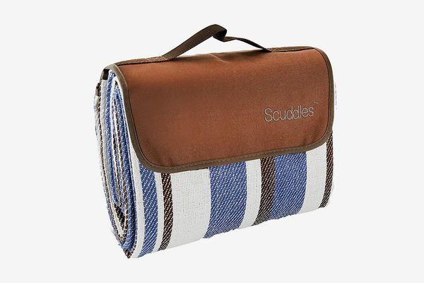 Scuddles Extra Large Picnic Blanket with Handle