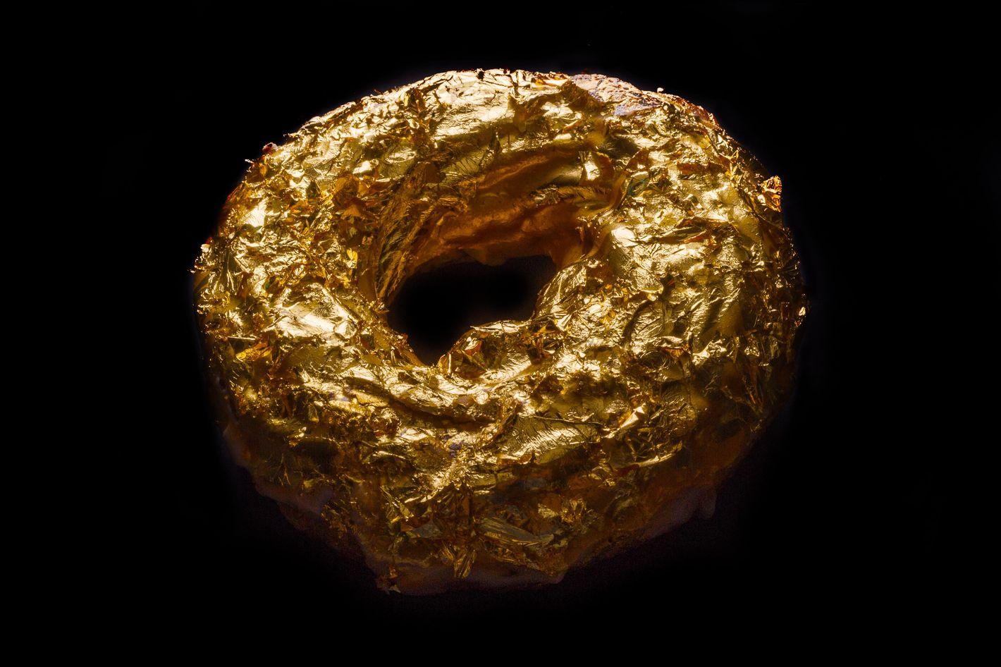 What a $100 doughnut needs to look like.