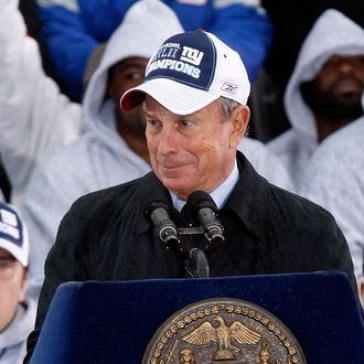 NEW YORK - FEBRUARY 05: Mayor Michael Bloomberg addresses the crowd during the New York Giants Super Bowl XLII victory parade reception at City Hall February 5, 2008 in New York City. (Photo by Nick Laham/Getty Images)