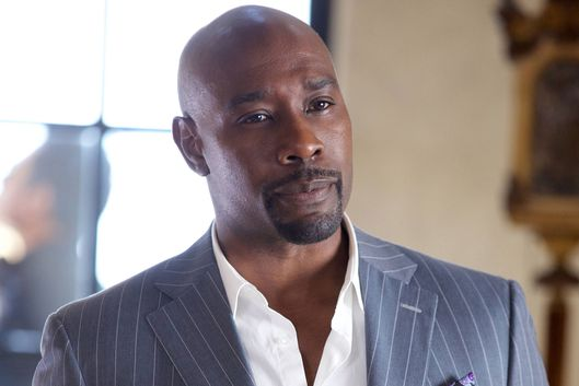 "ROSEWOOD: Morris Chestnut as Dr. Beaumont Rosewood, Jr. in the ""Have-Nots and Hematomas"" episode of ROSEWOOD airing Wednesday, Oct. 7 (8:00-9:00 PM ET/PT) on FOX. ©2015 Fox Broadcasting Co. Cr: Tyler Golden/FOX."