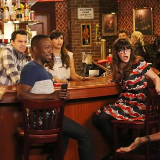 """NEW GIRL: L-R: Max Greenfield, Jake Johnson, Lamorne Morris, Hannah Simone and Zooey Deschanel in part one of the special one-hour """"Jeff Day/Helmet"""" episode of NEW GIRL airing Tuesday, April 19 (8:00-9:00 PM ET/PT) on FOX. ©2016 Fox Broadcasting Co. Cr: Patrick McElhenney/FOX"""