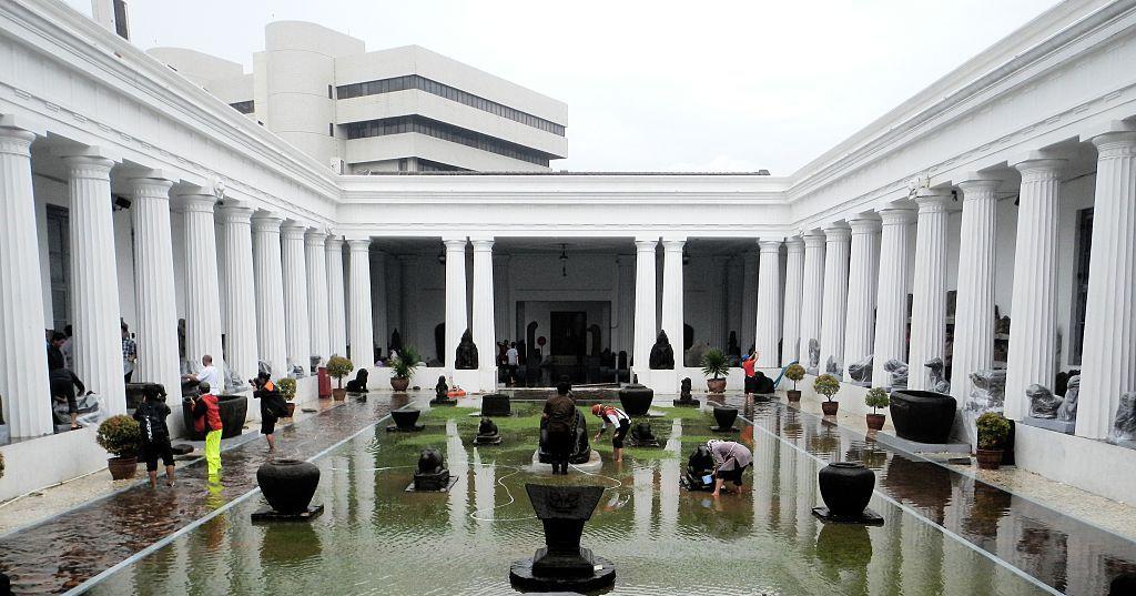As Jakarta Sinks, Indonesia Announces New Capital City